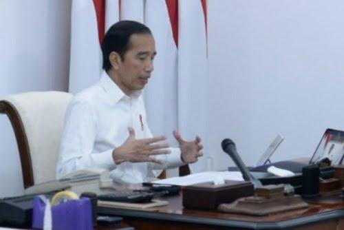 Jokowi instruksikan agar protokol mengenai tatanan normal baru yang sudah disiapkan Kementrian Kesehatan dapat segera disosialisasikan secara masif. Protokol ini diharapkan bisa meningkatkan kesadaran dan kedisiplinan masyarakat agar tetap produktif selama pandemi COVID-19.