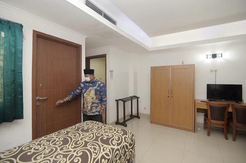 Asrama Haji di Jabar Jadi Pusat Isolasi Pasien COVID-19