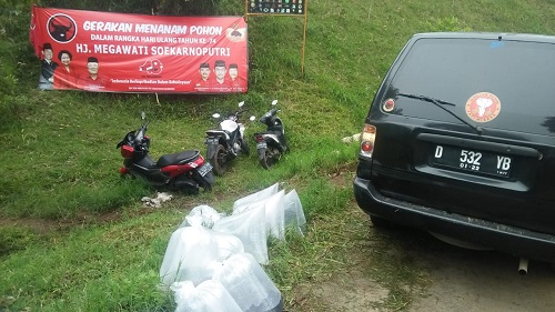 DPC PDI P Kab.Bandung Gelar Aksi Tanam Pohon & Tebar Benih Ikan