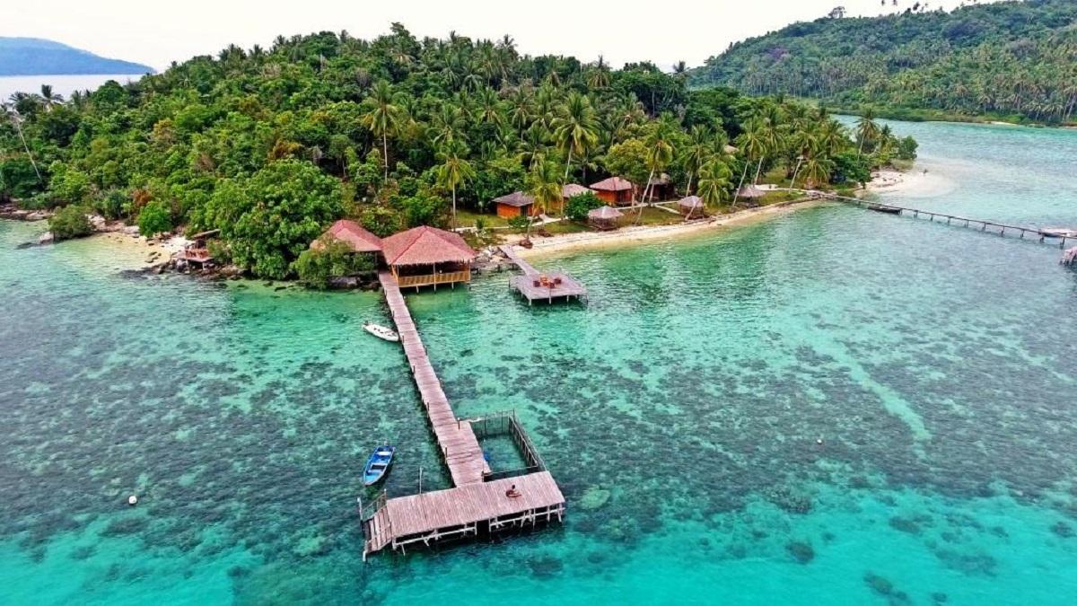 Tempat Wisata Luar Jawa yang Wajib Banget Dikunjungi !
