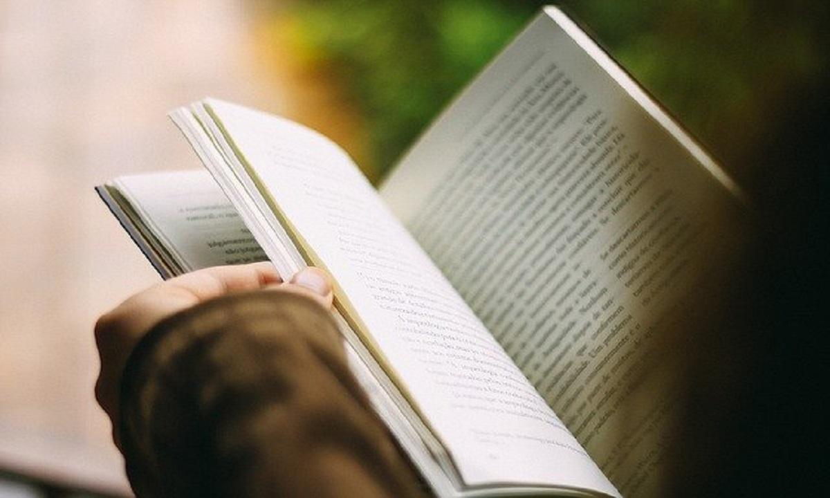 Cerita Non Fiksi : Contoh, Pengertian, Struktur, Jenis, Ciri-Ciri