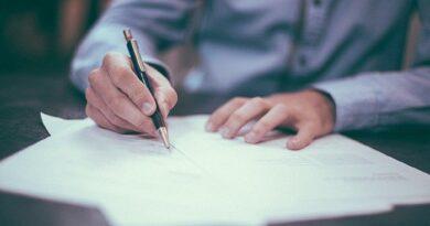 Pengertian Teks Deskripsi, Struktur, Jenis, dan Ciri-Cirinya