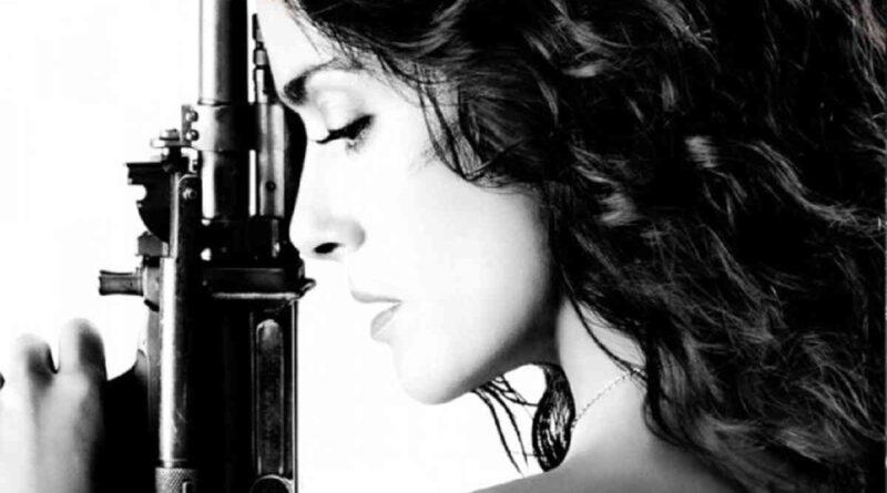 Sinopsis Film Everly (2014), Aksi Perempuan Kabur dari Yakuza